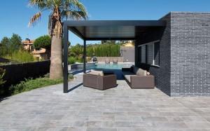 rosa-gres-mistery-blue-stone-terraza