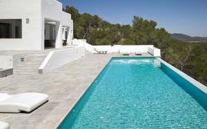 rosa-gres-mistery-grey-piscina