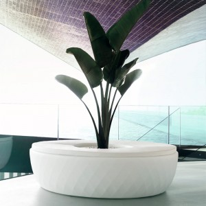 vases-isla-jmferrero-design-bench-planter